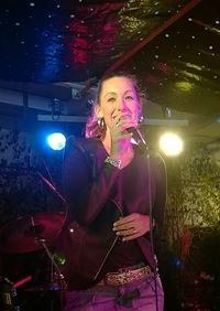 Partyband Highlive Sängerin Katy