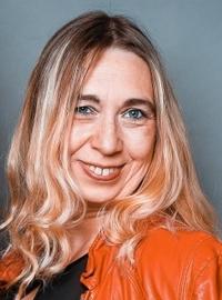 Lisa Napierala, Sängerin der Tanz- Party- und Coverband Highlive aus Dortmund NRW